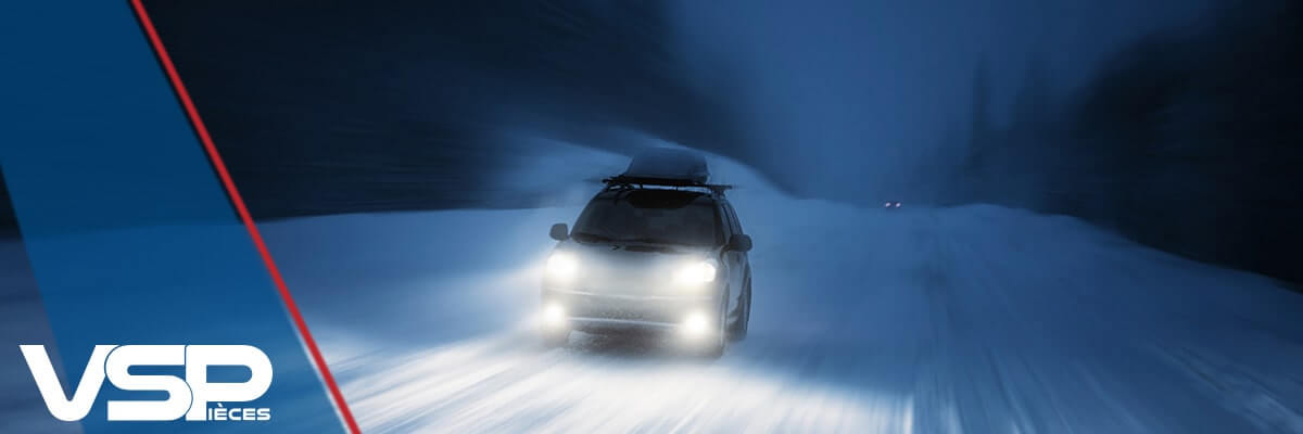 Voiture hiver neige